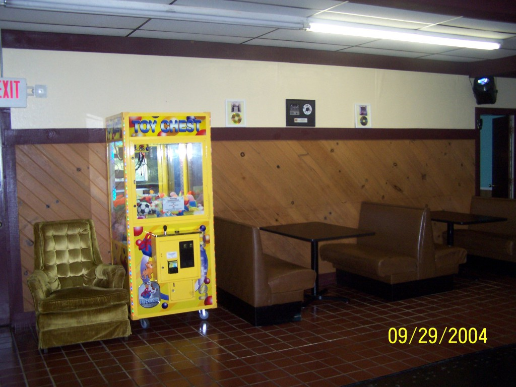 Let the kids play The Claw Game while you enjoy dinner.